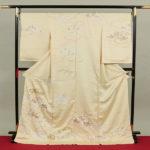30代訪問着購入!京友禅菱健クリーム色が安い15万円!値段相場は?